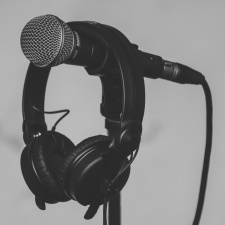 US podcast ad revenues hit a record high in 2017