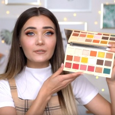 YouTuber Roxxsaurus unveils new make-up palettes in collobaration with Revolution